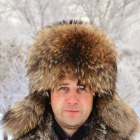 Метр с шапкой :: Юрий Фёдоров