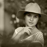 Девушка в шляпе :: Алекс Римский
