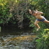 прыжок в воду :: Юра Вахрушев