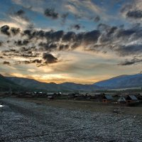 Горный Алтай , село Тюнгур :: Валерий Толмачев