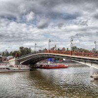 Лужков мост :: Наталья Лакомова