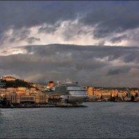 В порту Неаполя. :: Leonid Korenfeld