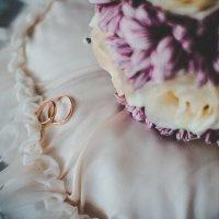 Кольца счастья и любви :: Алёна Колесова