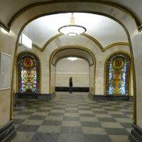 На последнюю электричку в метро :: Evgen Polyakov