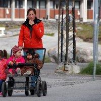 В столице Гренландии - Нууке :: Tatiana Belyatskaya