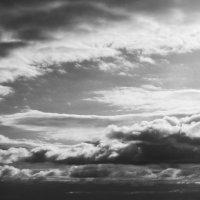 Небо над озером :: Татьяна Кормилицына