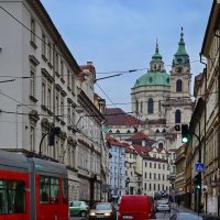 На улице Уезд, Прага :: Владимир Брагилевский