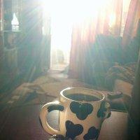 Кофе в кружке, кексик с маком, вот и лучший мире завтрак) :: Lera Yurievna