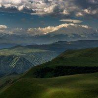 Эльбрус в облаках :: Александр Хорошилов