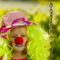 Осенний клоун :: Елена Баландина