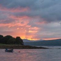 Про лодку в закатных лучах :: Eugene Remizov