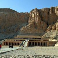 Храм Хачепсут, жены одного из Рамзесов. :: Клара