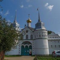 Свято-Введенский Толгский монастырь :: Сергей Цветков