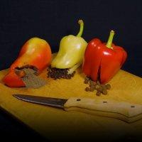 В помощь начинающим кулинарам Перец бывает разный... :: Сергей Фунтовой