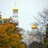 ритмы города-вот и осень :: Олег Лукьянов