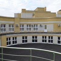 балкон гостиницы в Воронежской обл. :: Михаил Радин