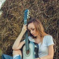 Изгиб гитары... :: Ольга Микова
