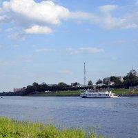 Река Волга в Твери :: Ольга Мореходова