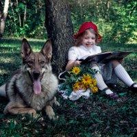Красная Шапочка читает Волку сказку :: Нина