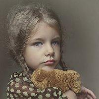Забытая игрушка :: Elena Fokina