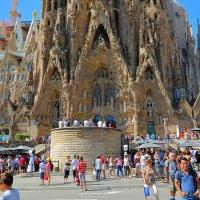 Саграда Фамилия – главный храм Барселоны :: ALEX KHAZAN