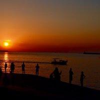 Закат. Море. :: Ирина Безверхова
