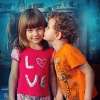 Поцелуй... :: Ирина Трифонова