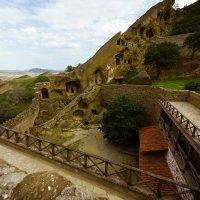 Пещерный монастырь Давид Гареджа :: алексей афанасьев