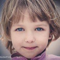 детские глаза :: Максим