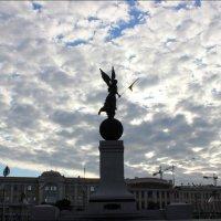 Площадь  Конституции :: Татьяна Пальчикова