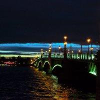 Троицкий мост :: Юлия Зеленкова