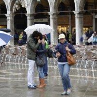 Поцелуй под дождем :: Николай Танаев