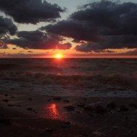 Хмурый закат :: Евгеша Сафронова