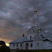 Купола необычные... :: Владимир