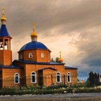 утро над Байкальским храмом :: Александр