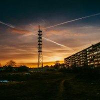 Во дворе :: Татьяна Коломенчикова