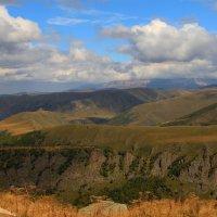 Осень в горах Северного Кавказа :: Vladimir 070549