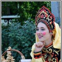 Красна девица, где дорожка стелится к милому, :: юрий