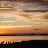 Закат над озером :: Елена Исхакова