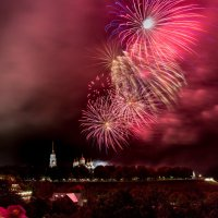 Салют в честь дня города Владимир! :: ИГОРЬ ЧЕРКАСОВ