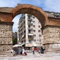 Салоники. Триумфальная арка Галерия. :: Нелли Семенкина
