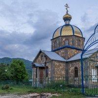 Храм в честь святых мучеников Гурия, Самона и Авива в селе Хамышки (Адыгея). :: Юлия Бабитко