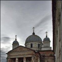 Собор Троицы Живоначальной в Николаевском Староторжском монастыре :: Дмитрий Анцыферов