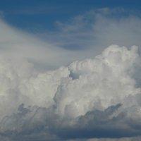 облака Тбилиси :: Alla Swan