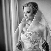 Счастливая невеста. :: Евгений Мезенцев