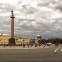 На Дворцовой площади :: Татьяна Осипова(Deni2048)