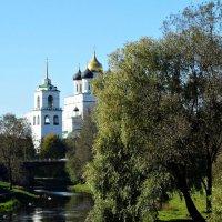 Краски осени. Река Пскова. :: Fededuard Винтанюк