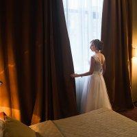 У окна :: Алена Шпинатова
