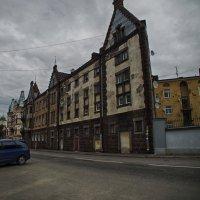Плоский дом :: Александр Зенченко