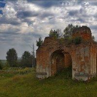 был храм... :: Дмитрий Анцыферов